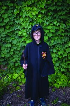 Kolli: 1 Wizard Cloak & Glasses, Black, Size 7-8