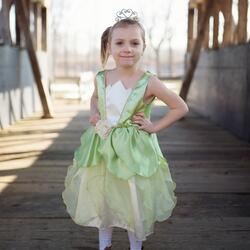 Kolli: 2 Frog Princess Dress, Size 3-4