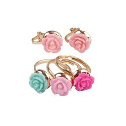 Kolli: 6 Boutique Rose Rings & Earring Set, 3 Rings, 1 Set of Clip on Earrings