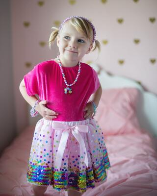 Kolli: 2 Party Fun Sequin Skirt, Size 4-6